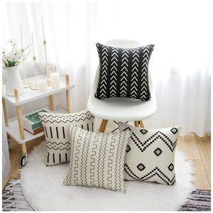 "Set of 4 Pillow Covers,18x18"" Boho Geometric"
